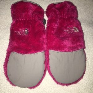 The North Face Girls Pink Thermal Mittens